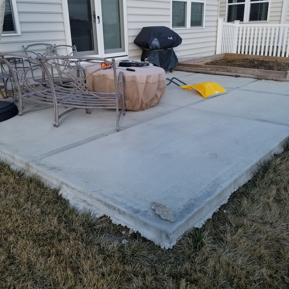 finishing a cement patio